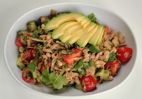 Tuna salad with avocado